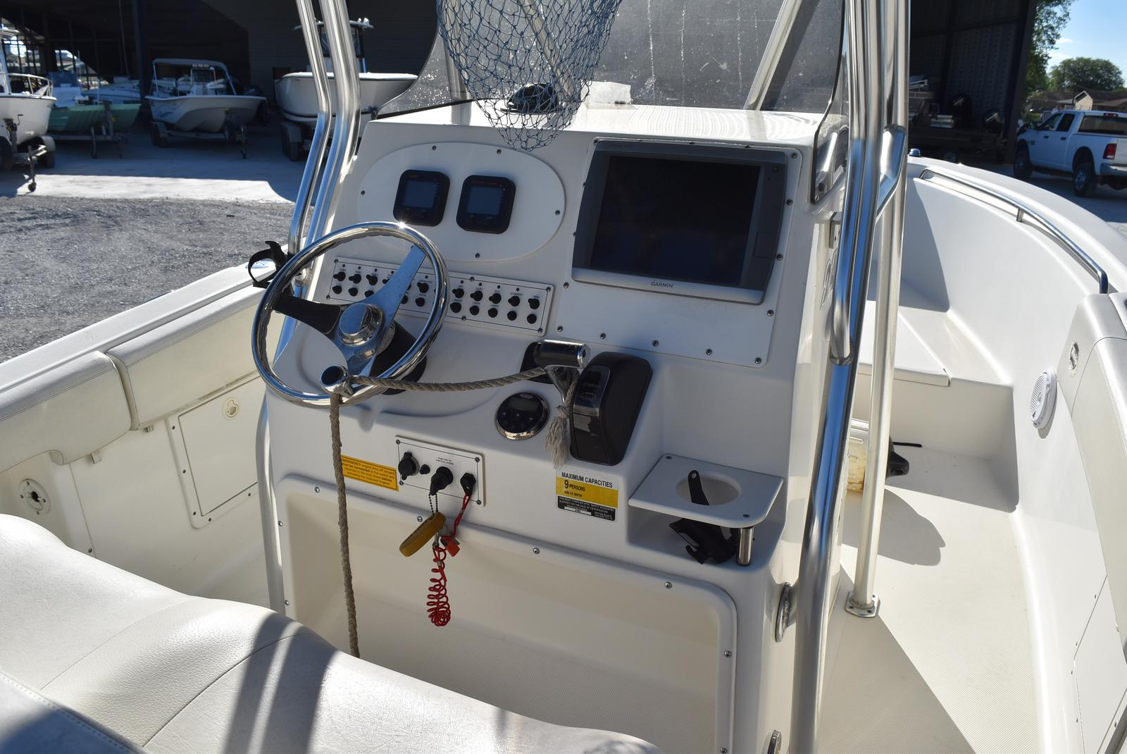 2006 Triton boat for sale, model of the boat is 2486 & Image # 7 of 24