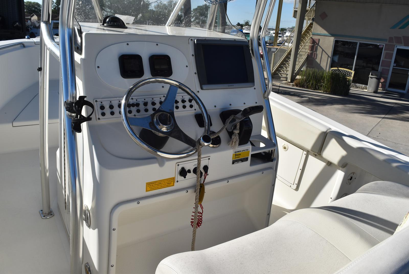 2006 Triton boat for sale, model of the boat is 2486 & Image # 18 of 24