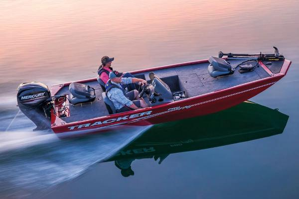 2019 Tracker Boats boat for sale, model of the boat is Pro 170 & Image # 4 of 66