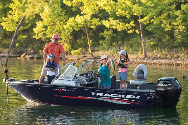 2019 Tracker Boats boat for sale, model of the boat is Pro Guide V-175 Combo & Image # 10 of 41