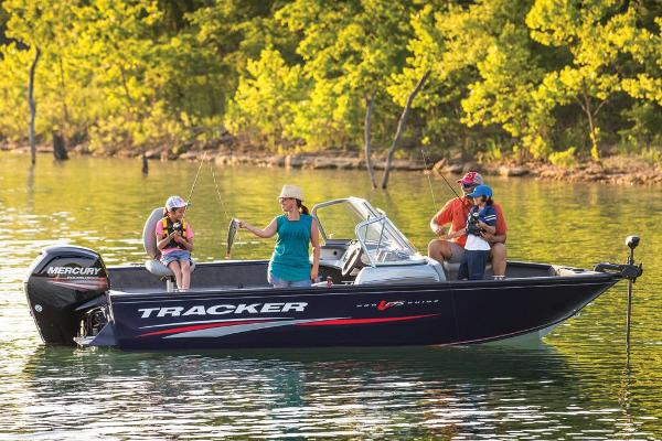 2019 Tracker Boats boat for sale, model of the boat is Pro Guide V-175 Combo & Image # 8 of 21
