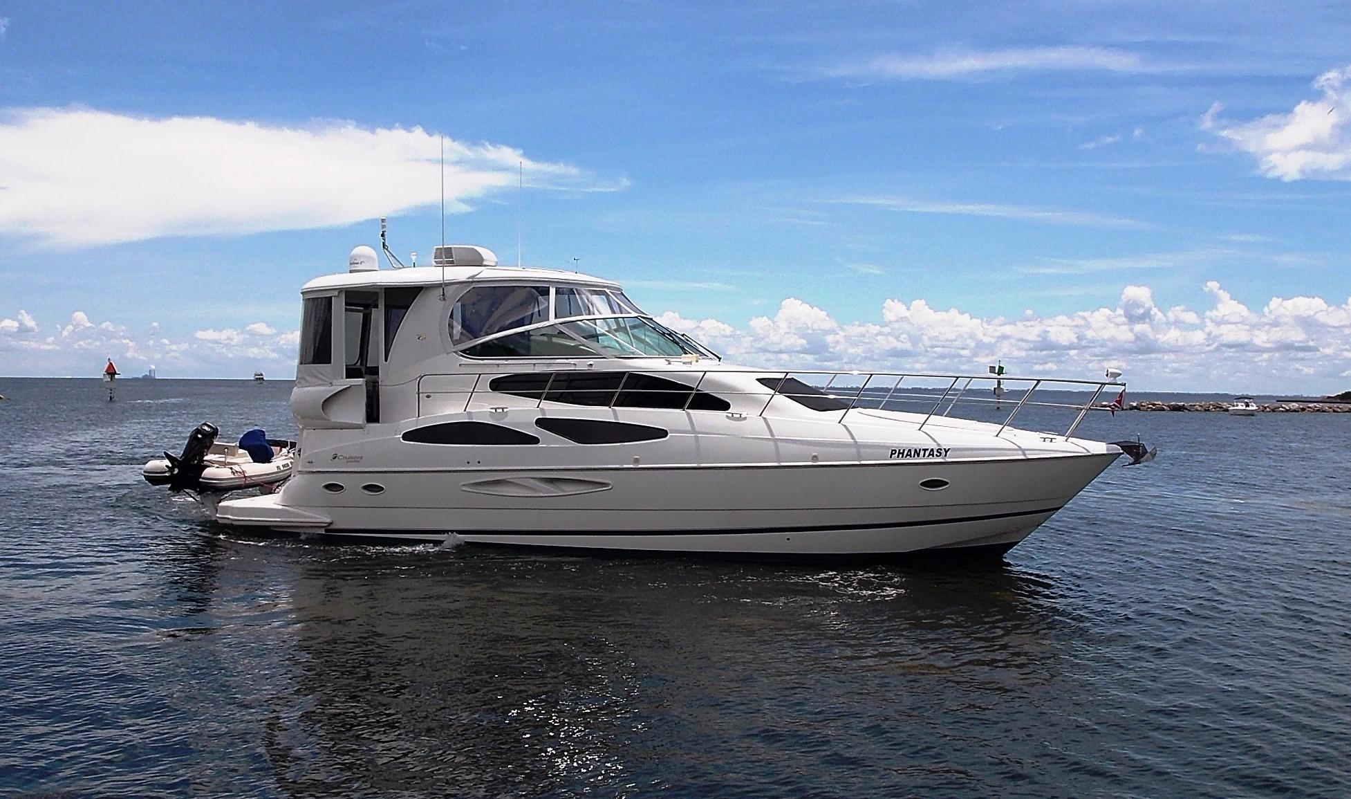 45 cruisers yachts 2004 phantasy for sale in apollo beach for Used motor yachts for sale in florida