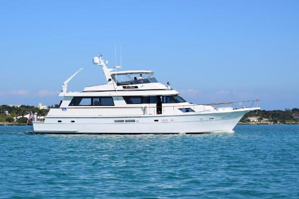 Used 1988 70 ft hatteras motor yacht cockpit hmy yachts for Hatteras 70 motor yacht