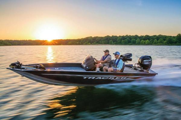 2019 Tracker Boats boat for sale, model of the boat is Pro Team 175 TF & Image # 2 of 56