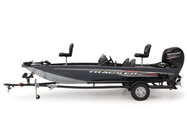 2019 Tracker Boats boat for sale, model of the boat is Pro Team 195 TXW & Image # 2 of 5