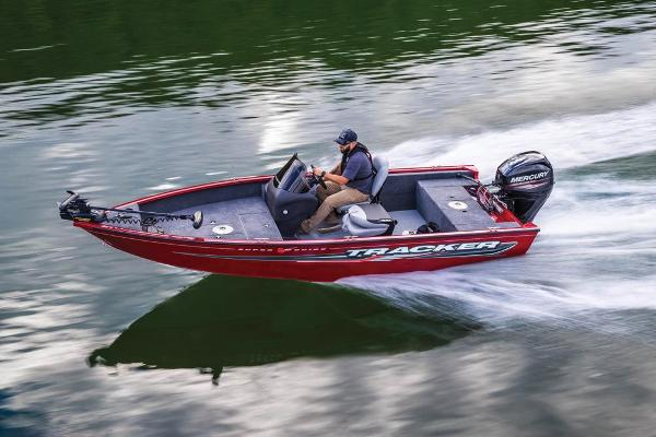 2019 Tracker Boats boat for sale, model of the boat is Super Guide V-16 SC & Image # 3 of 24