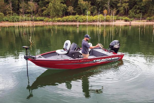 2019 Tracker Boats boat for sale, model of the boat is Super Guide V-16 SC & Image # 6 of 24