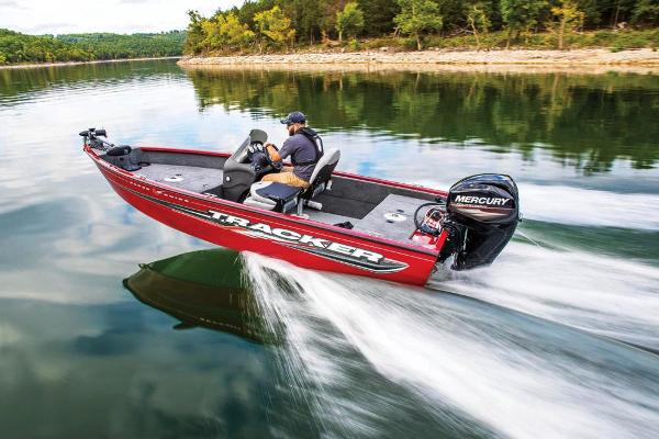 2019 Tracker Boats boat for sale, model of the boat is Super Guide V-16 SC & Image # 11 of 24