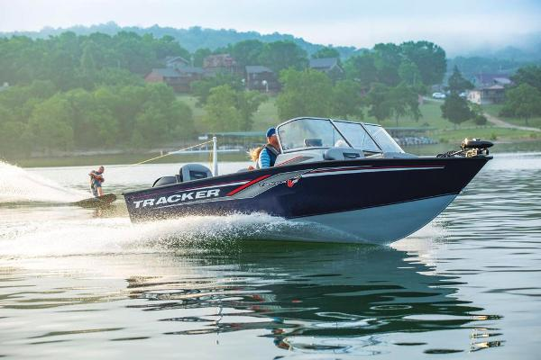 2019 Tracker Boats boat for sale, model of the boat is Targa V-18 Combo & Image # 11 of 82