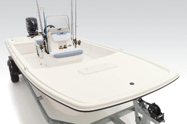 2021 Mako boat for sale, model of the boat is Pro Skiff 19 CC & Image # 30 of 54