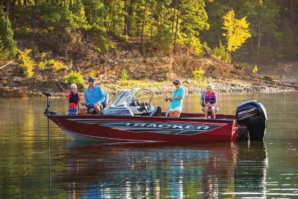 2019 Tracker Boats boat for sale, model of the boat is Targa V-19 Combo & Image # 4 of 51