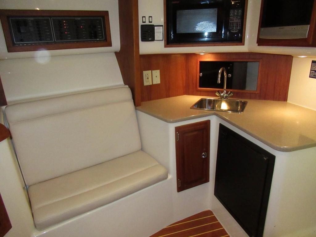 Carolina Classic32 Express
