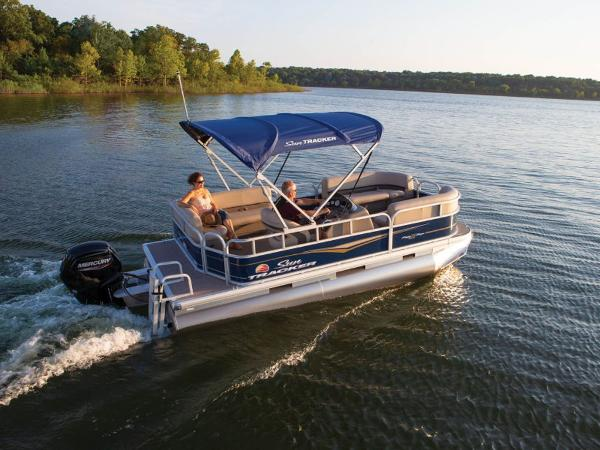 2021 SUN TRACKER PARTY BARGE® 18 DLX for sale