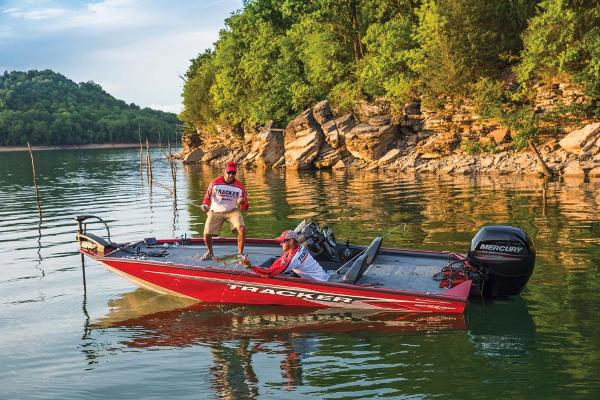 2019 Tracker Boats boat for sale, model of the boat is Pro Team 195 TXW Tournament Edition & Image # 6 of 45