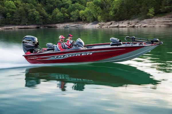 2019 Tracker Boats boat for sale, model of the boat is Pro Team 195 TXW Tournament Edition & Image # 17 of 45