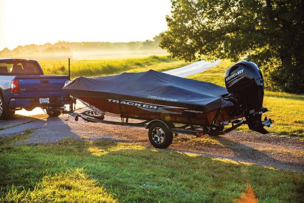 2019 Tracker Boats boat for sale, model of the boat is Pro Team 195 TXW Tournament Edition & Image # 18 of 22