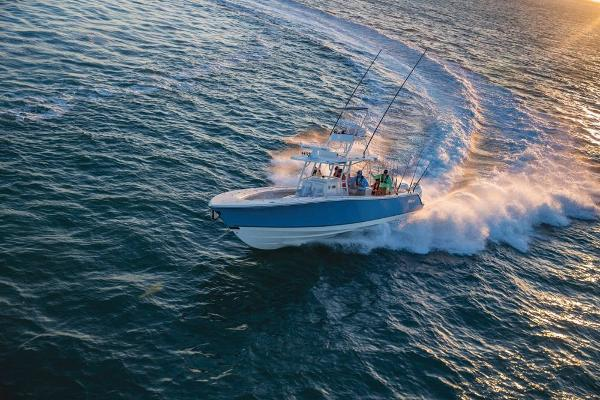2020 Mako boat for sale, model of the boat is 414 CC Sportfish Edition & Image # 6 of 60
