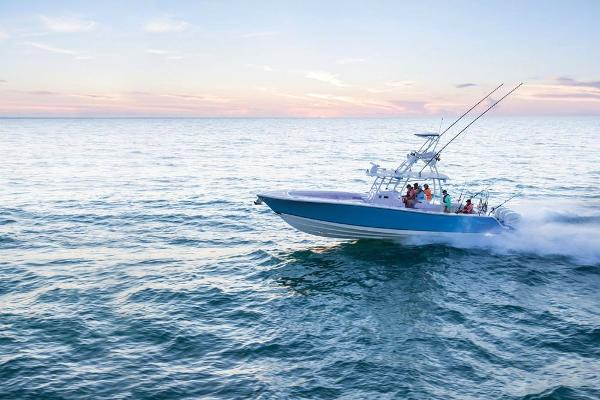 2020 Mako boat for sale, model of the boat is 414 CC Sportfish Edition & Image # 13 of 60