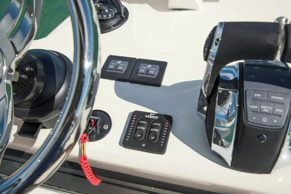 2020 Mako boat for sale, model of the boat is 414 CC Sportfish Edition & Image # 20 of 60