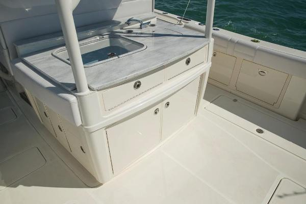 2020 Mako boat for sale, model of the boat is 414 CC Sportfish Edition & Image # 22 of 60