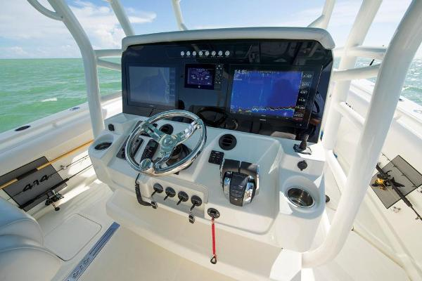 2020 Mako boat for sale, model of the boat is 414 CC Sportfish Edition & Image # 28 of 60
