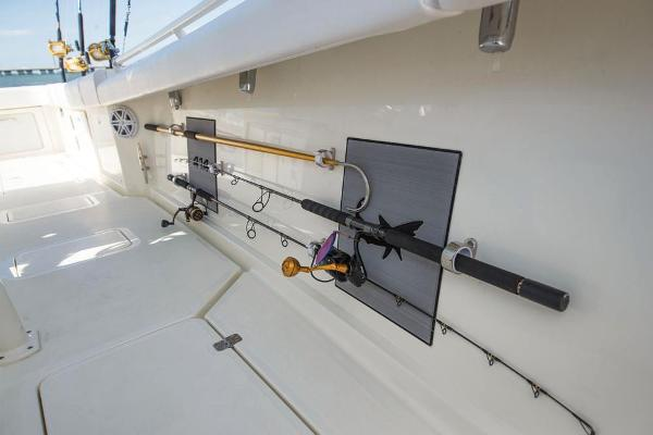 2020 Mako boat for sale, model of the boat is 414 CC Sportfish Edition & Image # 31 of 60