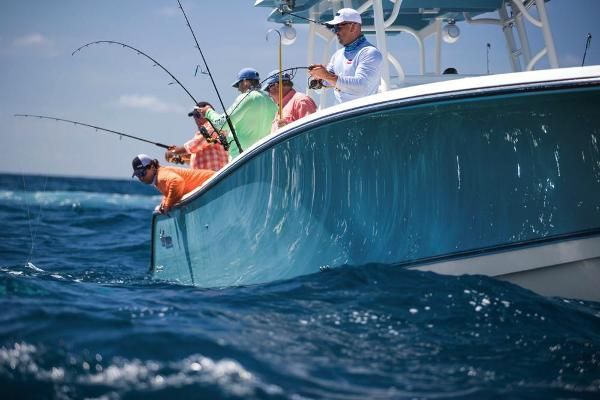 2020 Mako boat for sale, model of the boat is 414 CC Sportfish Edition & Image # 40 of 60