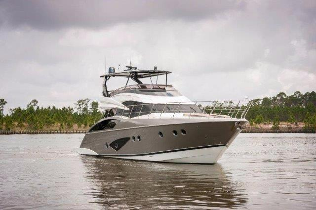 2013 Marquis 63 Sport Yacht