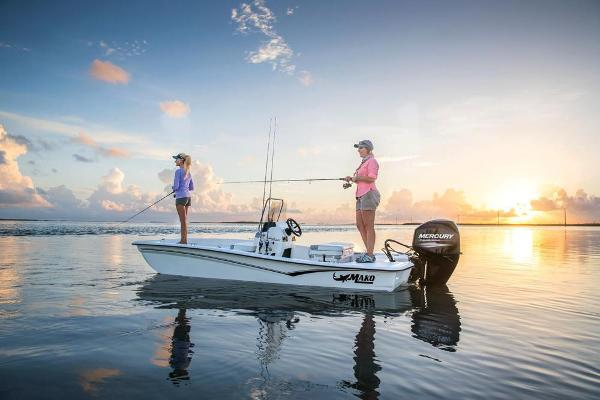 2019 Mako boat for sale, model of the boat is Pro Skiff 15 CC & Image # 2 of 44