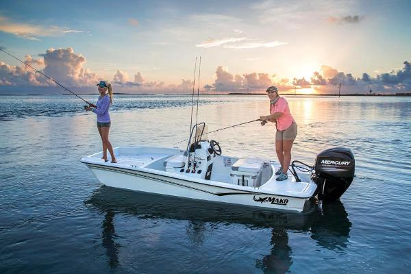 2019 Mako boat for sale, model of the boat is Pro Skiff 15 CC & Image # 3 of 44