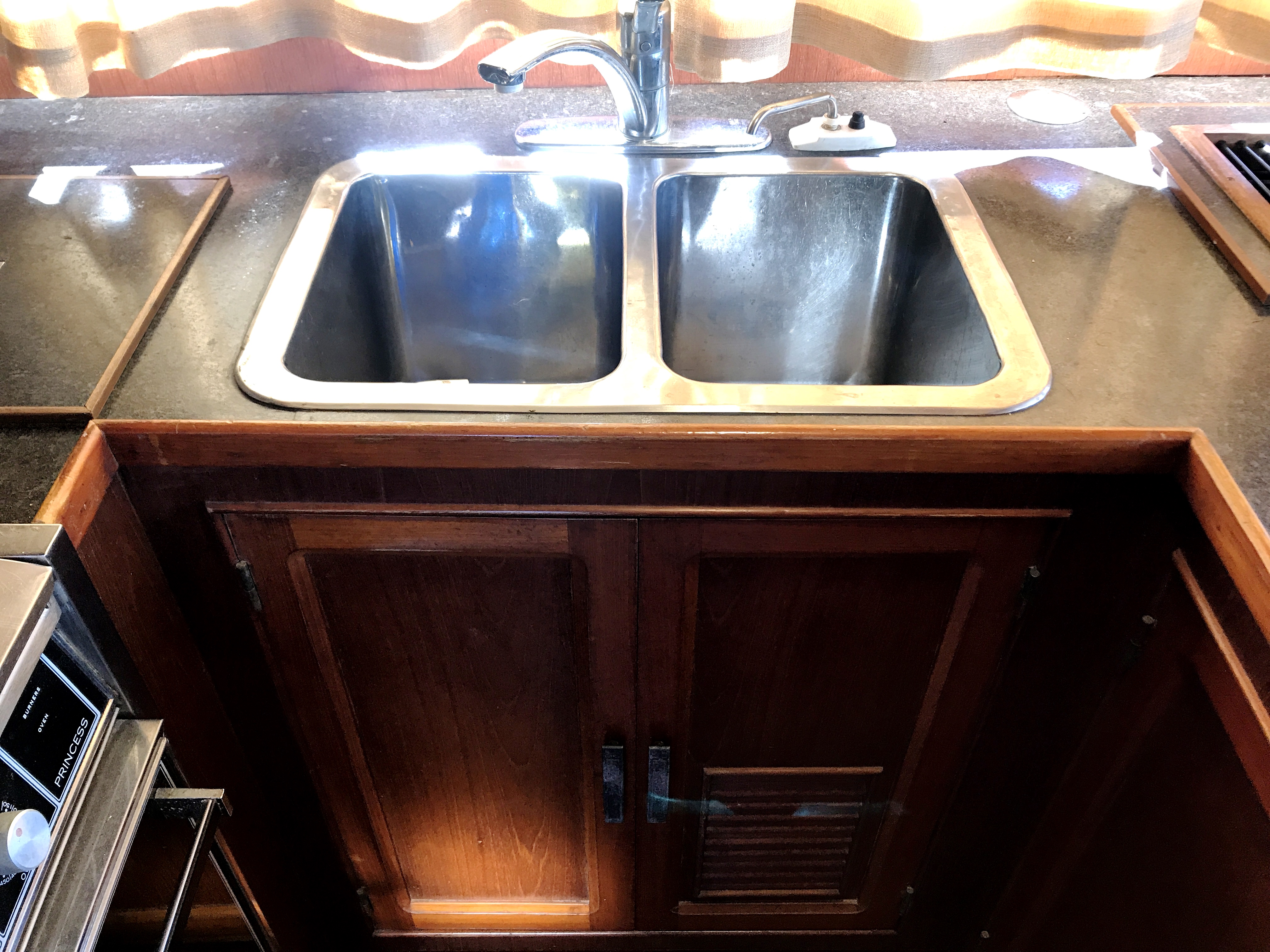 Sea Ranger SUNDECK - full size double stainless sink