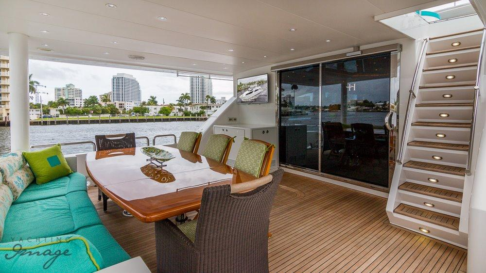 Aft Deck Seating/Dining