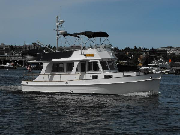 Used grand banks 36 europa yachts for sale for Grand banks motor yachts for sale