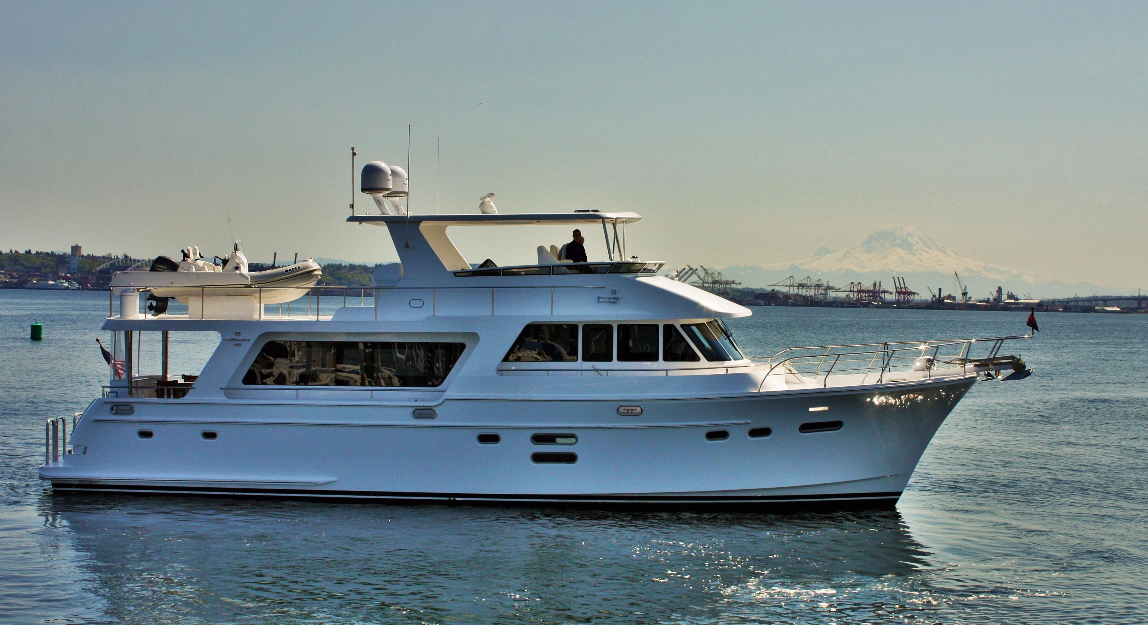 Picture Of:  65' Hampton 658 Endurance LRC 2020Yacht For Sale | 43
