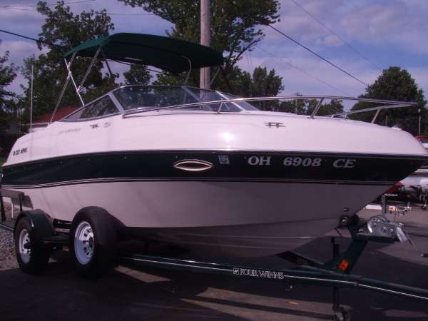1998 Four Winns 205 Sundowner For Sale