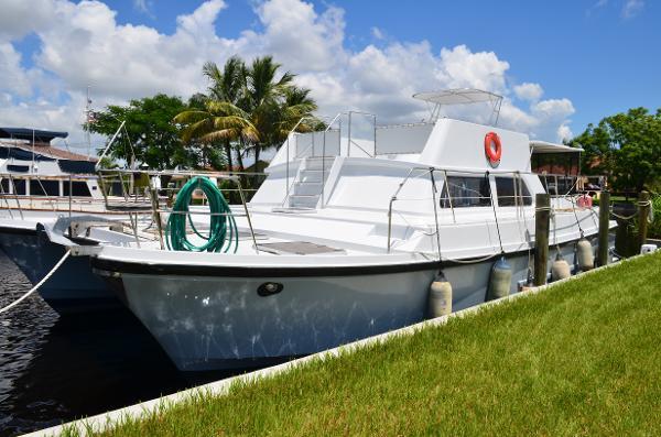 46' C&C 1984 Logical 46 Power Catamaran