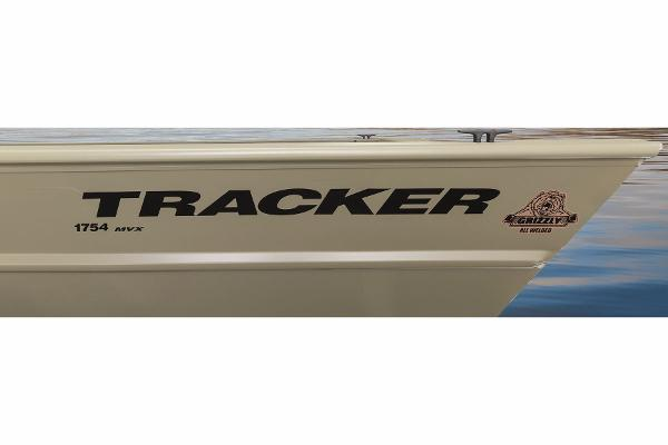 2015 Tracker Boats boat for sale, model of the boat is Grizzly 1754 Jon & Image # 4 of 14
