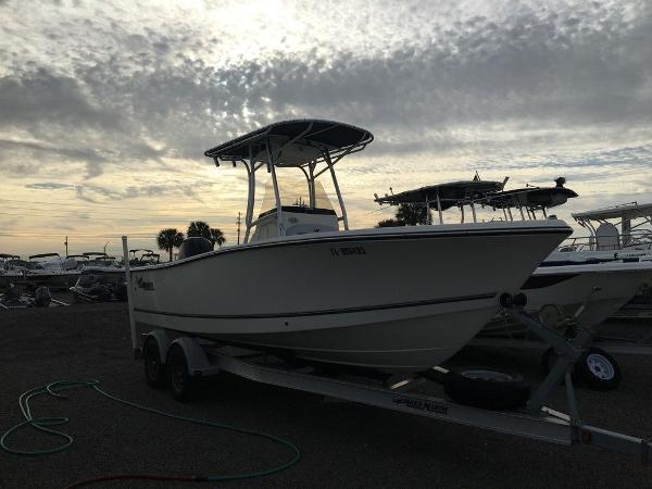 2018 Mako boat for sale, model of the boat is 214 & Image # 2 of 11