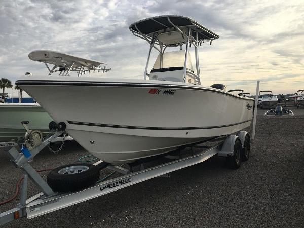 2018 Mako boat for sale, model of the boat is 214 & Image # 1 of 11