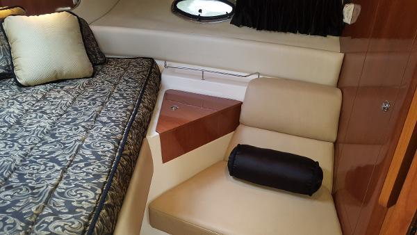 2008 Regal 3760 Commodore Express