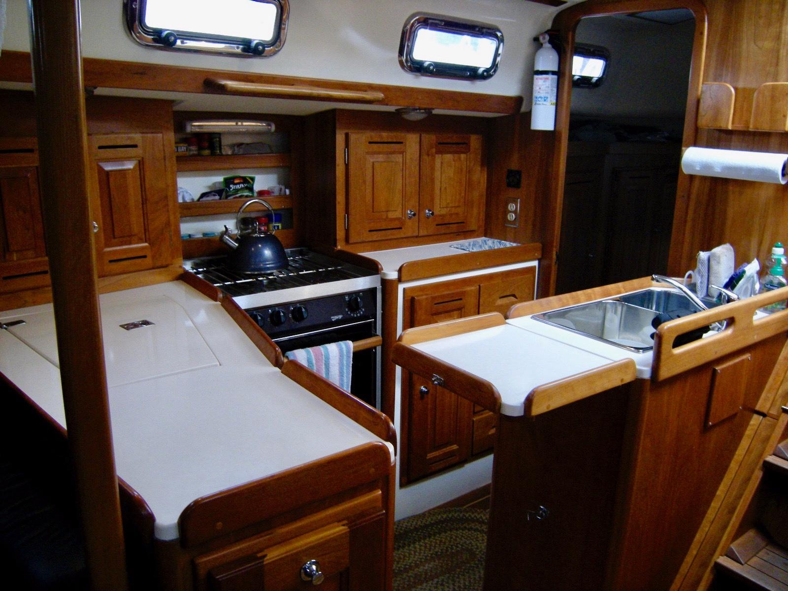 2004 Tartan 3700 - Yacht Sales and Services