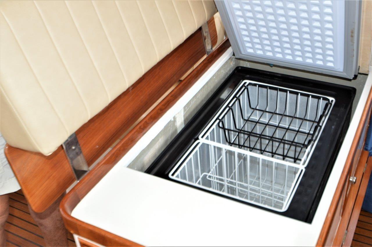 2000 Eastbay 49' ''Patricia'' - Port Helm Seat Custom Freezer