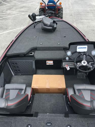 2020 Nitro boat for sale, model of the boat is Z19 & Image # 6 of 13