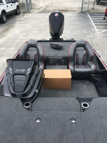 2020 Nitro boat for sale, model of the boat is Z19 & Image # 9 of 13