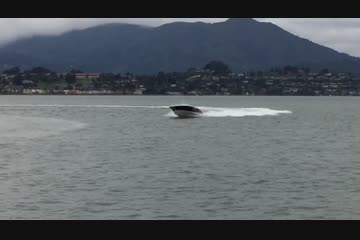 Chris-Craft Launch 30video