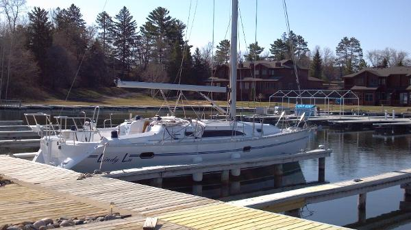 2011 Catalina Yachts boat for sale, model of the boat is 355 & Image # 8 of 11