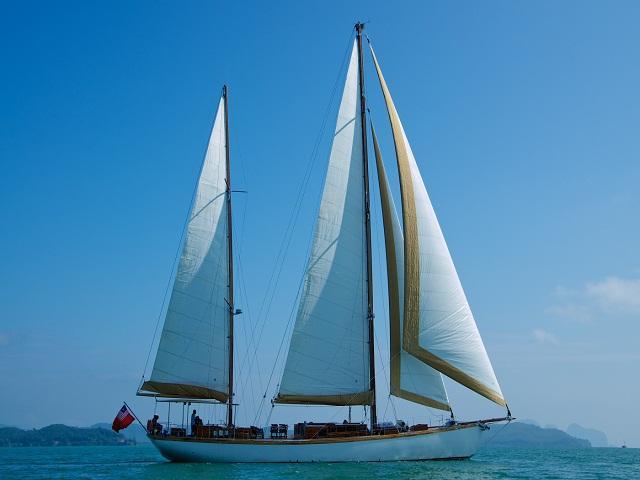 Ketch Classic Yacht 28 M