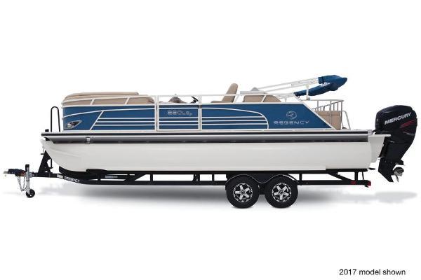 2018 REGENCY 220 LE3 SPORT for sale