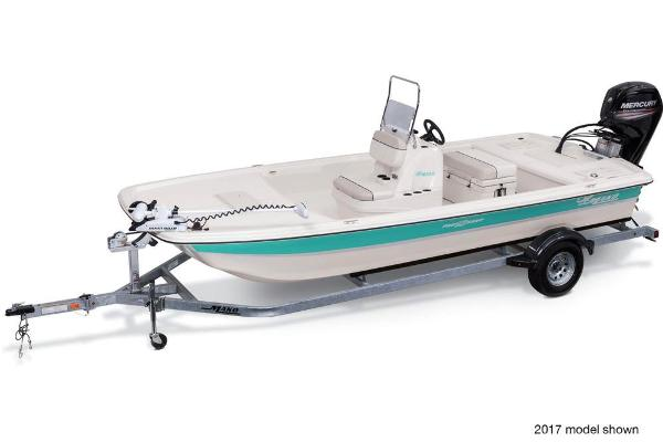 2018 Mako boat for sale, model of the boat is Pro Skiff 19 CC & Image # 5 of 9