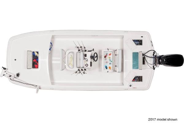2018 Mako boat for sale, model of the boat is Pro Skiff 19 CC & Image # 7 of 9